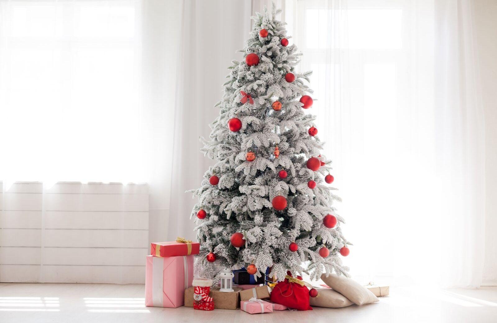 Kunststoff Weihnachtsbaum.Sehen Jahr Fur Jahr Toll Aus Die 5 Besten Kunstlichen